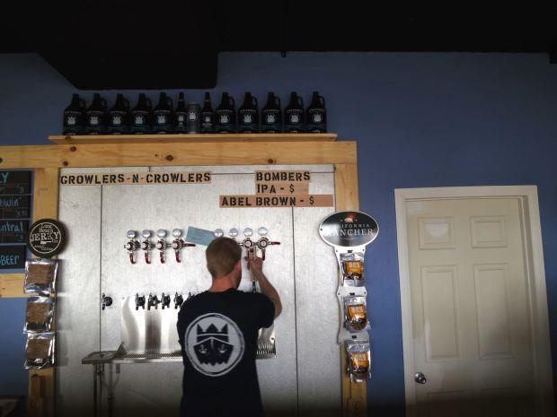 King Harbor Brewing Waterfront Tasting Room Beer Taps