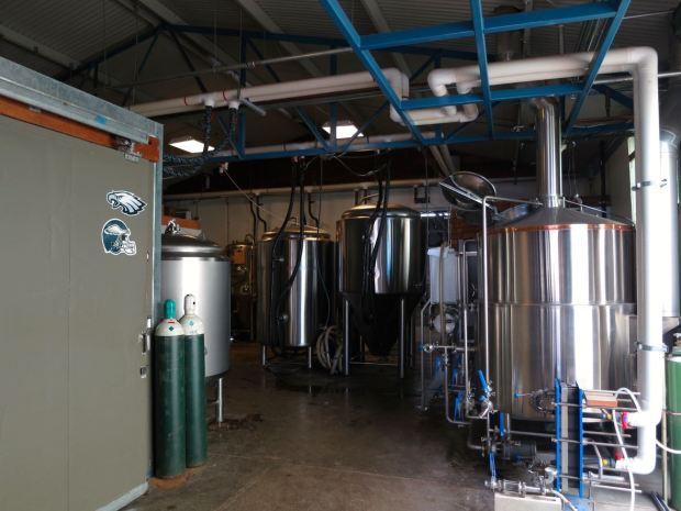 Honolulu Beerworks Fermenting Tanks