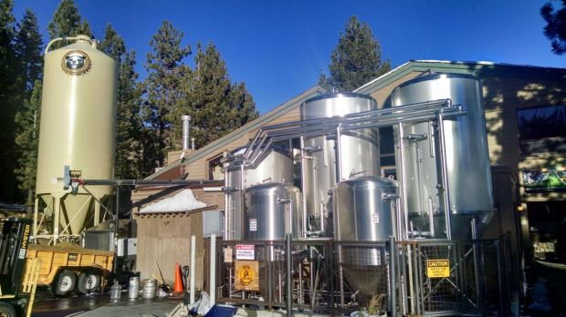 Mammoth Brewing Company Outside